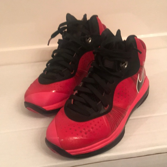 Lebron James Nike Flywire 6.5 (youth). M 5b0a2f3772ea88e9ed4be670 52cdf00a0